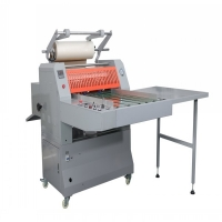 Width 690mm Industrial Roll Laminating Machines 3'' Mold Core Manufactures