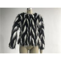 Black / White Short Ladies Fake Fur Coats Round Neckline With 3/4 Sleeve TWS014553