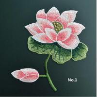 Large Embroidered Flower Patches , Sew On Embroidered Appliques On Lace Fabric Manufactures