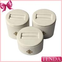 Mini Smaller White Leather Sing Double Rings Jewelry Jewellery Stores Displaying Stands Findings Ring Stand with Logo Manufactures