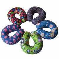 China Custom print travel pillow,airplane neck suppport and rest pillow,horseshoe beads pillow on sale