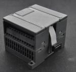 PLC EM221 16DI Programming Logic Controller 24V DC UN221-1BH22-0XA0 Manufactures