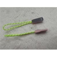 Fluorescent Green Rope Eye Catching Rubber Zipper Puller For Outdoor Sportswear Manufactures