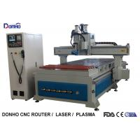 Woodworking CNC 3D Router Machine With Conveyor Wheel Syntec Control System Manufactures