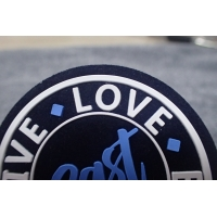 Screen Printing Clothing Microfiber Rubber Logo Patches Manufactures
