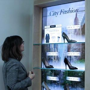 Shopping Interactive Showcase Display Cabinets Establish Communication Manufactures