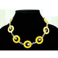 Buy cheap Yellow Mother of Pearl Necklace from wholesalers