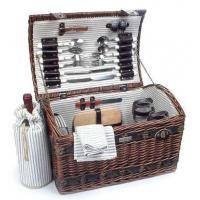 Sea grass Picnic Basket w Deluxe Service for FourItem #: 38891 Manufactures