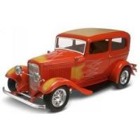 RMX-2062 - 1/25 1932 Ford Sedan Street Rod (2 in 1) (Special Edition) Manufactures
