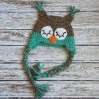 Sleepy owl crochet cotton hat for baby in light brown and aqua Manufactures
