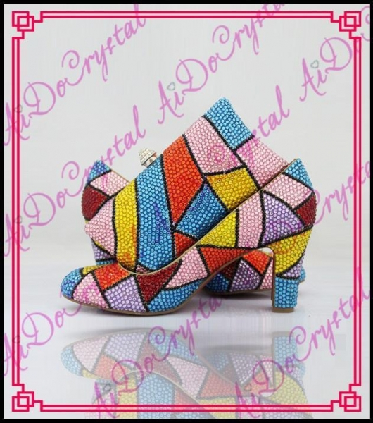 China Aidocrystal Handmade top designer crystal custom italian shoes and matching bag set for party