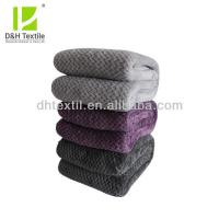 China New Trendy Soft 100% Polyester Wholesale Mexican Blankets on sale
